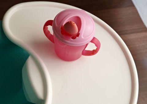 Serveware, Dishware, Drinkware, Cup, Porcelain, Pink, Ceramic, Magenta, Pottery, Teacup,