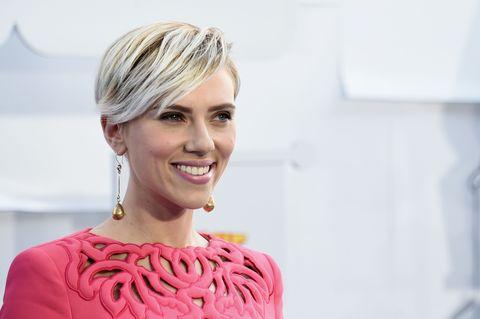 "Scarlett Johansson Thinks Actors Shouldn't Make ""Grandiose Statements"" About Parenthood: It's So Personal"