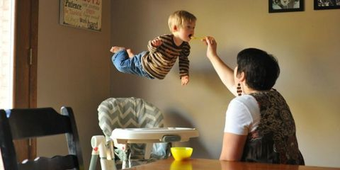 Arm, Ear, Finger, Shoulder, Elbow, Room, Picture frame, Toddler, Baby & toddler clothing, Thumb,