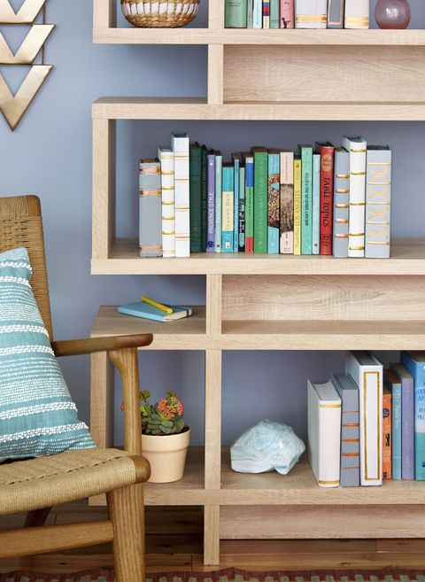 Excellent This Organizing Hack Uses Old Books To Make Super Cute Shelves Download Free Architecture Designs Lukepmadebymaigaardcom