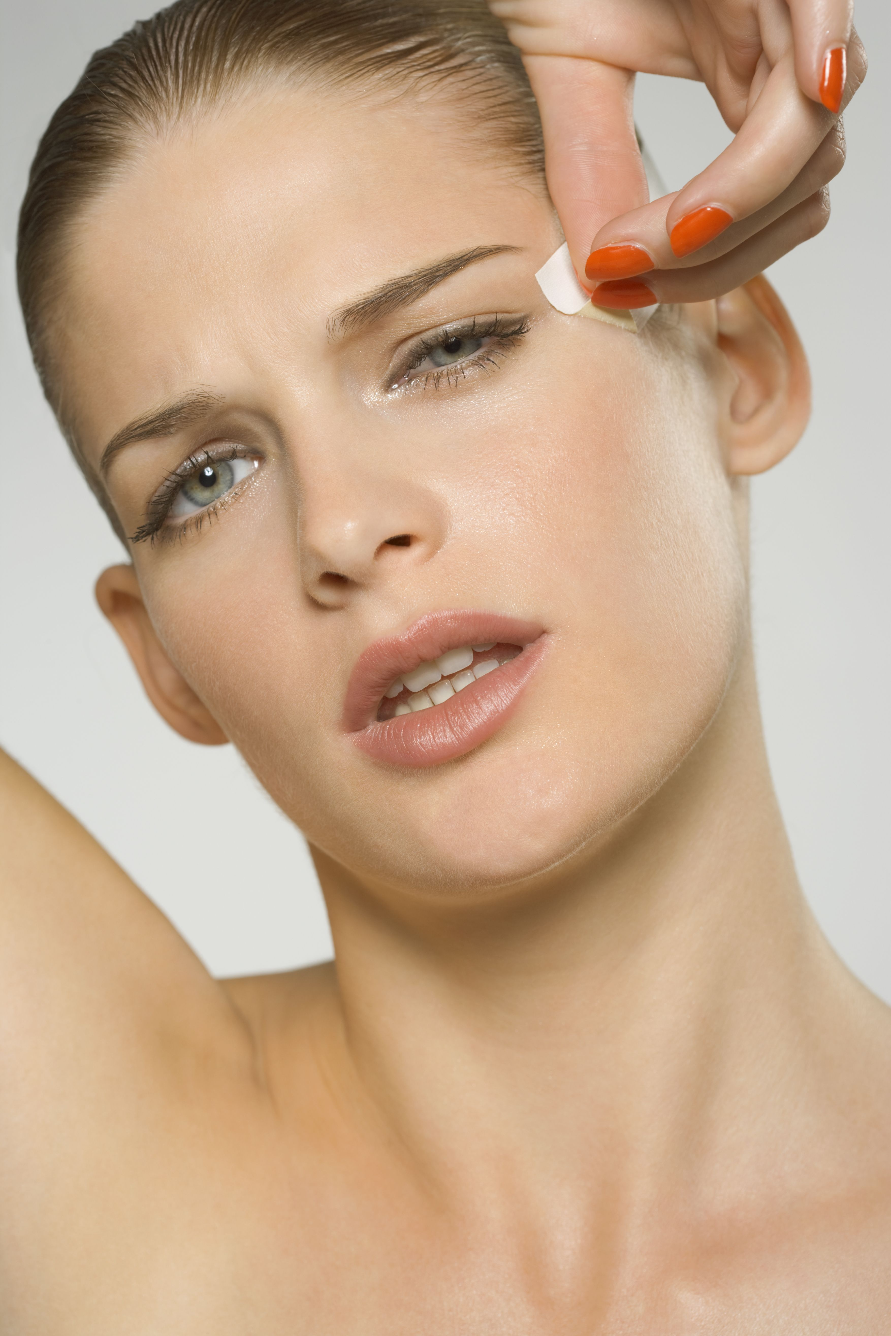 images Worst beauty treatments that causes harm to you