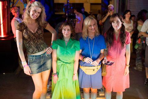 Leg, Smile, Jeans, Dress, Fashion, Denim, Party, Layered hair, Feathered hair, jean short,