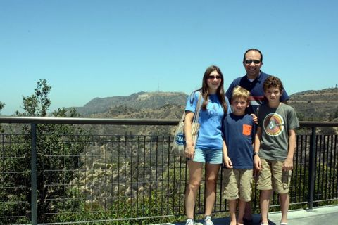 Tourism, Leisure, Shorts, Vacation, Sunglasses, Travel, Friendship, Wire fencing, Mesh, Bermuda shorts,