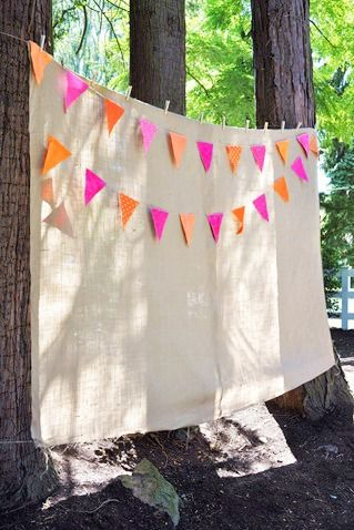 10 Tips To Throw An Affordable Outdoor Party