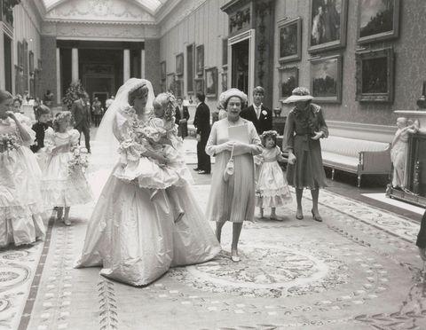 Photograph, Dress, White, Style, Monochrome, Bridal clothing, Gown, Ceremony, Monochrome photography, Bride,