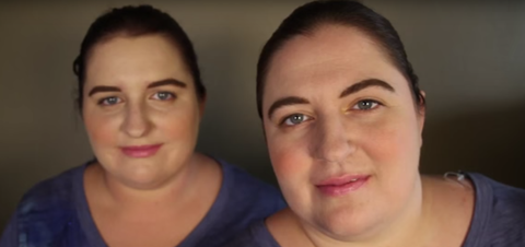 These Women Look Like Identical Twins...But It Turns Out They're Actually 10 Years Apart