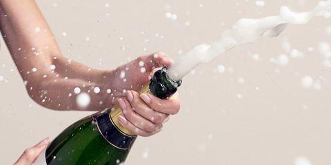 Fluid, Finger, Liquid, Green, Glass, Bottle, Glass bottle, Drinkware, Wine bottle, Drink,