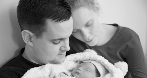 Families Share Heartbreaking Photos Of Their Sillborn Babies To Help Them Grieve