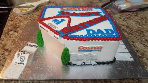 Brilliant When This Dad Asked For A Costco Birthday Cake He Was Not Personalised Birthday Cards Veneteletsinfo