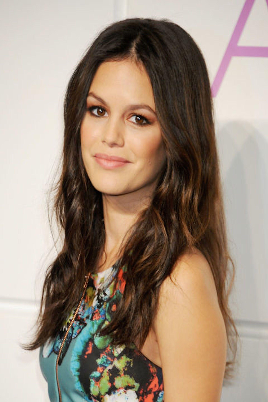 25 Best Brown Hair Color Ideas - Brunette Celebrities Hair Shades