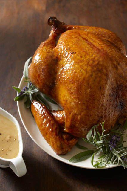 Food, Serveware, Dishware, Ingredient, Tableware, Chicken meat, Turkey meat, Dish, Hendl, Roast goose,