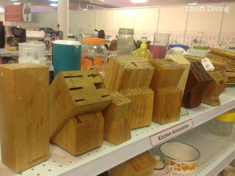 Wood, Serveware, Hardwood, Dishware, Cardboard, Box, Packing materials, Plywood, Packaging and labeling, Carton,