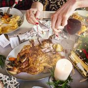 Holiday dinner diet tips