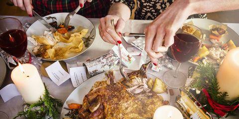 Holiday dinner diet tips