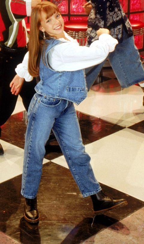 Leg, Denim, Jeans, Shoe, Textile, Long hair, Waist, Shopping, Belt, Boot,