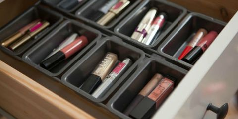 Lipstick, Pink, Beauty, Cosmetics, Tints and shades, Eye shadow, Material property, Collection, Stationery, Peach,