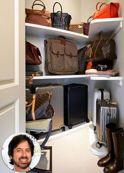 Bag, Facial hair, Luggage and bags, Moustache, Beard, Baggage, Collection, Leather, Shelving, Shoulder bag,