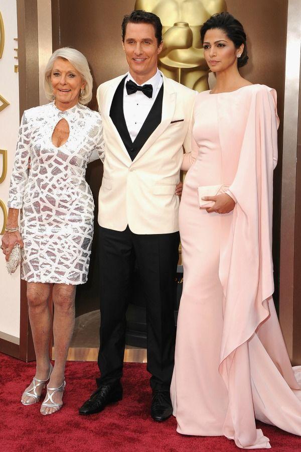 male celebrity, red carpet, golden globes,