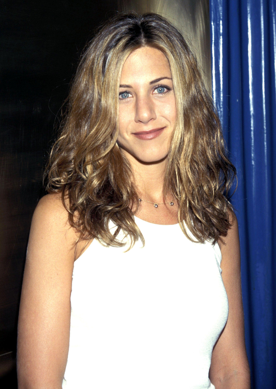 Jennifer Aniston S Best Hairstyles Jennifer Aniston S Hair Through