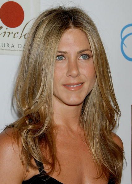 pictures of little girls haircuts aniston s best hairstyles aniston s 3156 | 1453917176 76311950