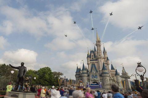 Walt disney world, Amusement park, Landmark, Park, Sky, Spire, Recreation, World, Vacation, Crowd,
