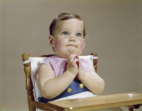 Skin, Sitting, Child, Baby & toddler clothing, Comfort, Toddler, Blond, Baby,