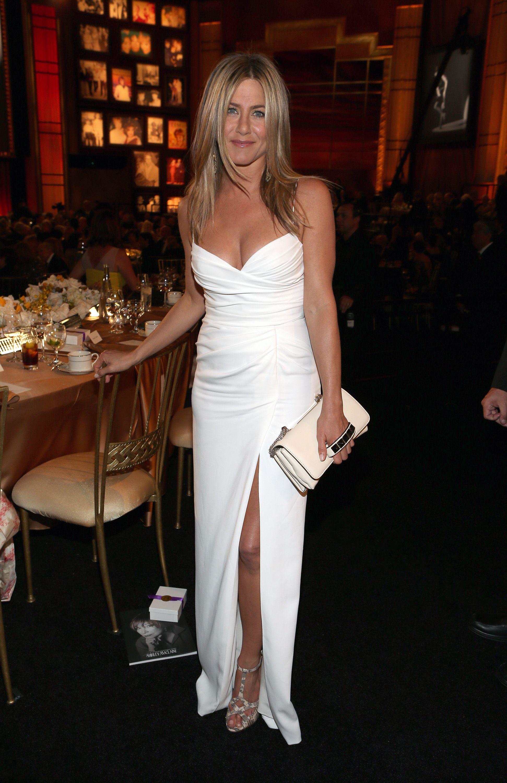35 Sexy Jennifer Aniston Outfits - Jennifer Aniston Style