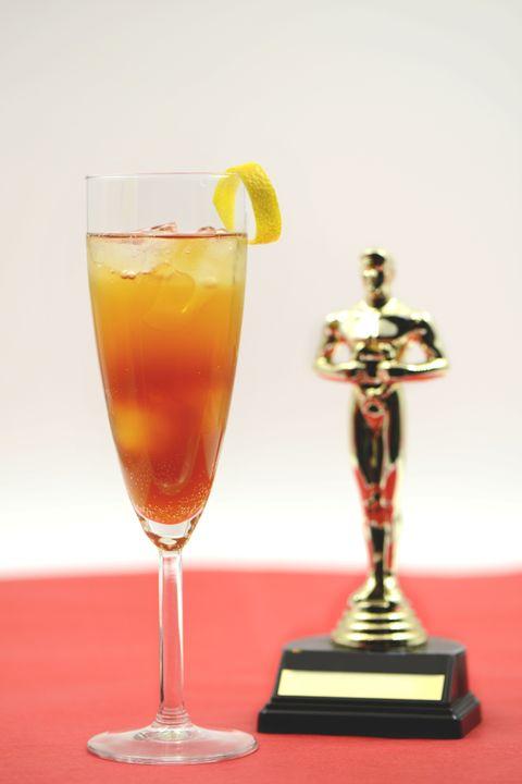 Liquid, Drink, Classic cocktail, Citrus, Tableware, Cocktail, Glass, Fruit, Alcoholic beverage, Lemon,