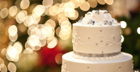 Cake, Sweetness, Cuisine, Food, Ingredient, Baked goods, Dessert, Cake decorating, Cake decorating supply, Dairy,