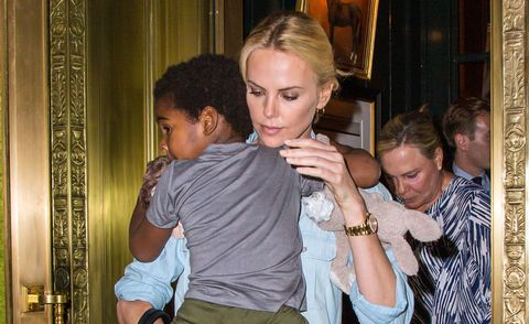 Drags charlize child theron Charlize Theron