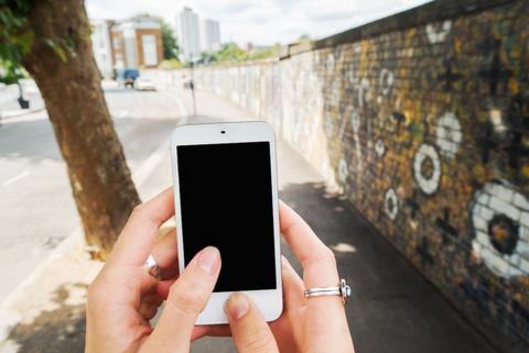 Finger, Mobile phone, Communication Device, Electronic device, Smartphone, Portable communications device, Gadget, Display device, Mobile device, Technology,
