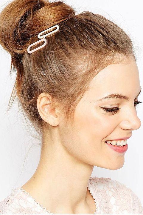 Head, Ear, Lip, Brown, Hairstyle, Skin, Chin, Forehead, Eyebrow, Eyelash,