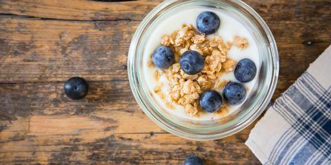 Wood, Food, Ingredient, Tableware, Cuisine, Meal, Bilberry, Serveware, Breakfast, Blueberry,