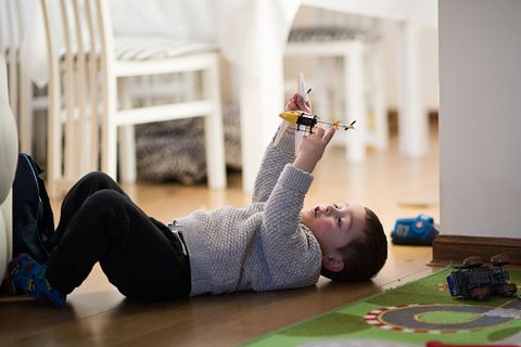 Study Exercise May Cut Behavior Issues >> How To Encourage Solitary Play Why Solitary Play Is Good For Kids