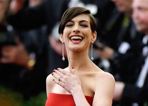 Ear, Happy, Eyelash, Facial expression, Jewellery, Fashion accessory, Tooth, Fashion, Beauty, Earrings,