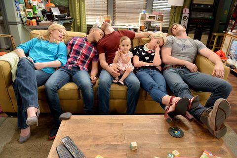Leg, Jeans, Denim, Comfort, Sharing, Sitting, Living room, Couch, Lap, Shelf,