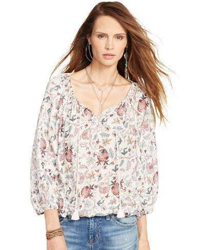 Clothing, Product, Sleeve, Skin, Shoulder, Jeans, Denim, Collar, Textile, Joint,