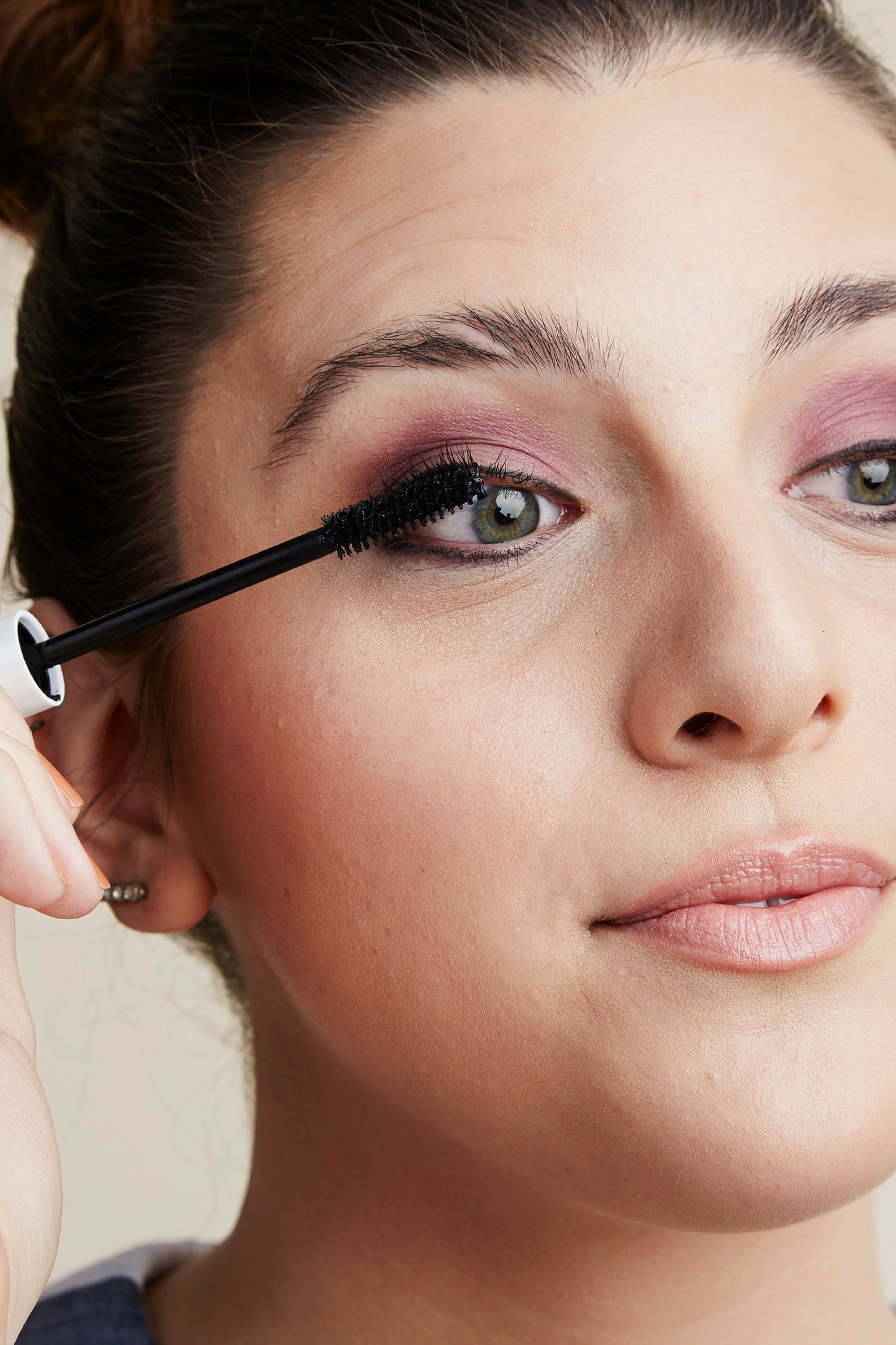 Makeup for people with glasses