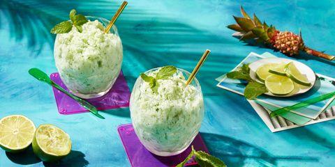 Green, Food, Ingredient, Lemon, Produce, Citrus, Cuisine, Ananas, Fruit, Tableware,