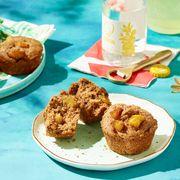 Food, Finger food, Liquid, Baked goods, Dessert, Dish, Cuisine, Plate, Tableware, Ingredient,