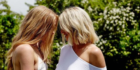 Clothing, Hairstyle, Shoulder, Mammal, Summer, Blond, Active tank, Sleeveless shirt, Back, Brown hair,