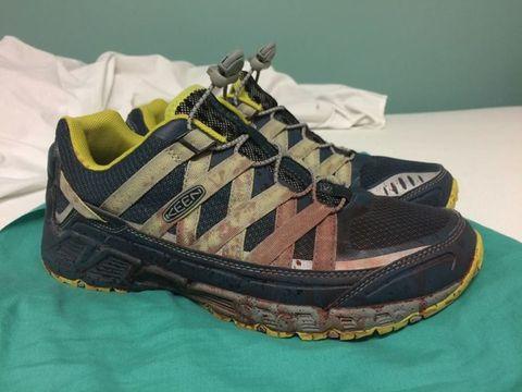 Product, Shoe, Athletic shoe, Running shoe, Teal, Black, Sneakers, Grey, Walking shoe, Tan,