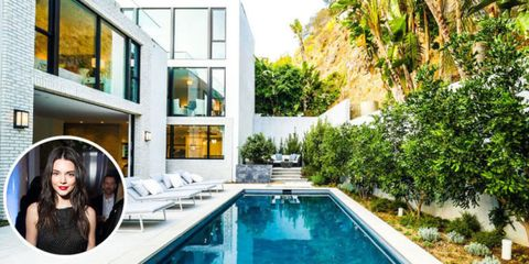 Property, Swimming pool, Real estate, Resort, House, Home, Villa, Apartment, Composite material, Design,