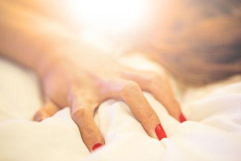 woman orgasm bed