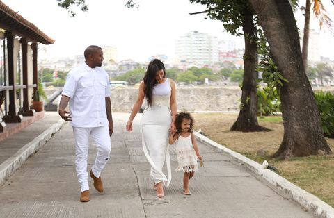 <p>While exploring Cuba with her parents, Nori wore a cream-hued sundress with crochet detail and espadrille flats.</p>