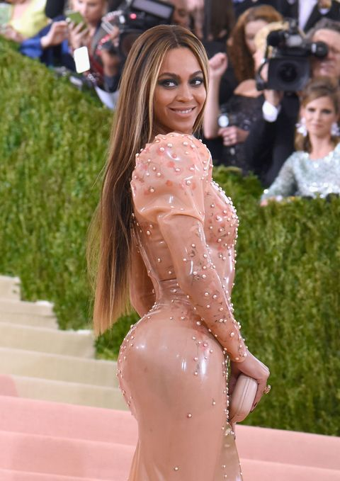 "<p>Even though Beyoncé's known for her curves, she once made headlines for the <a href=""http://themastercleanse.org/beyonce-diet/"" target=""_blank"">Master Cleanse liquid diet</a> that she used to lose weight for <em>Dreamgirls</em>. Known as the ""Lemonade"" diet, the Master Cleanse recommends an elixir consisting of water, lemon juice, maple syrup, and cayenne pepper. For now, she seems to have sworn off juice cleanses in favor of temporary veganism, which eliminates all animal products from your diet. </p>"
