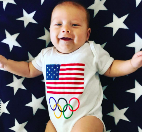 <p>Nothing could be more patriotic than this get-up. </p>