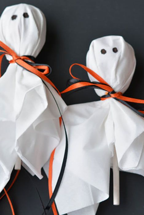 32 Easy Halloween Crafts For Kids Best Family Halloween