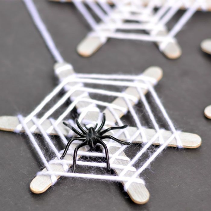 Cheap Halloween Crafts For Kids Part - 23: 26 Easy Halloween Crafts For Kids - Best Family Halloween Craft Ideas