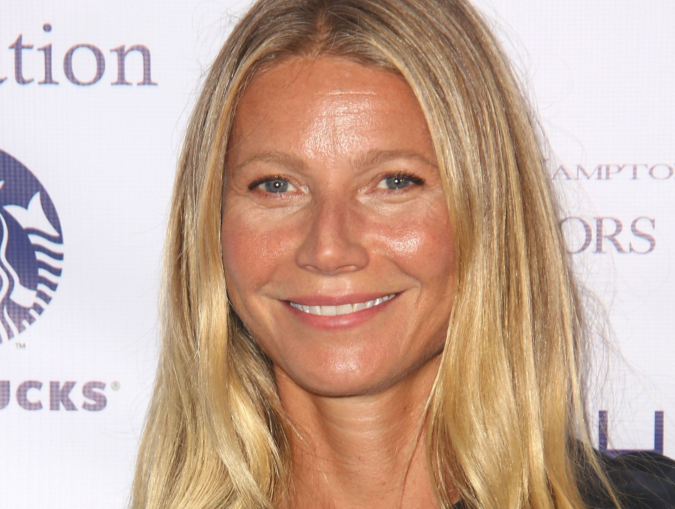 Gwyneth Paltrow Posts Photo Without